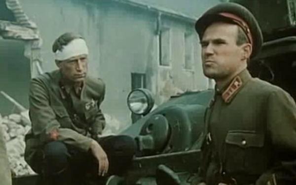 Sleduj online drama, válečný Boj o Moskvu na !