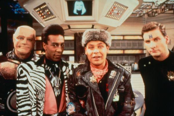 Sleduj online Komedie, Science Fiction, Sitcom Červený trpaslík na Prima Comedy Central!