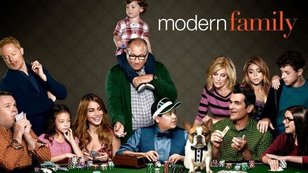 Sleduj online Komedie, Romantický, Sitcom Taková moderní rodinka na Prima Comedy Central, HBO2!