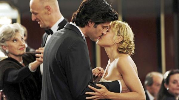Sleduj online Komedie, Romantický Léto v Paříži na !