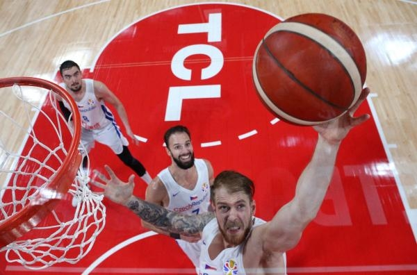 Sleduj online basketbal Basketbal: Austrálie - Česko na !