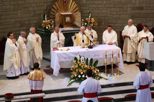 Sleduj online Náboženství Msza Swieta na TVP1!