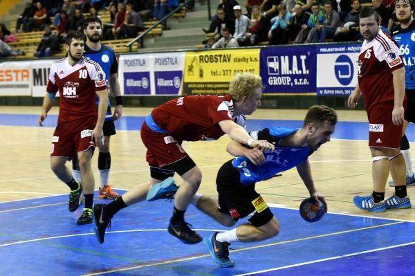 Sleduj online házená Házená: Talent M.A.T. Plzeň - HC ROBE Zubří na !