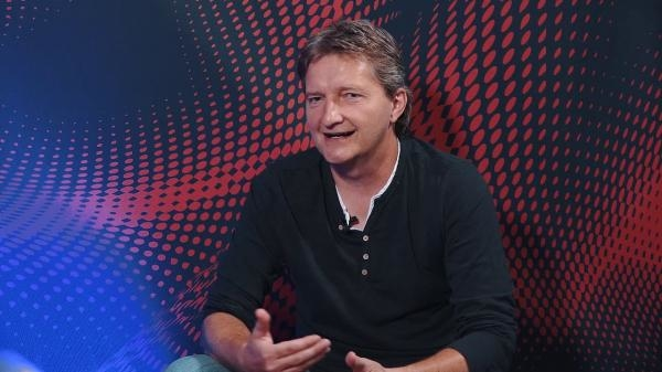 Sleduj online Talk Show Ušák Jaromíra Bosáka: Pavel Horváth na Seznam.cz TV!