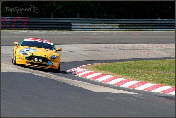 Sleduj online motorové sporty 24H Nürburgring 2006 na !