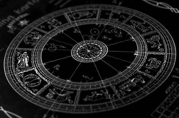 Sleduj online Zájmy Astrologická poradňa na !