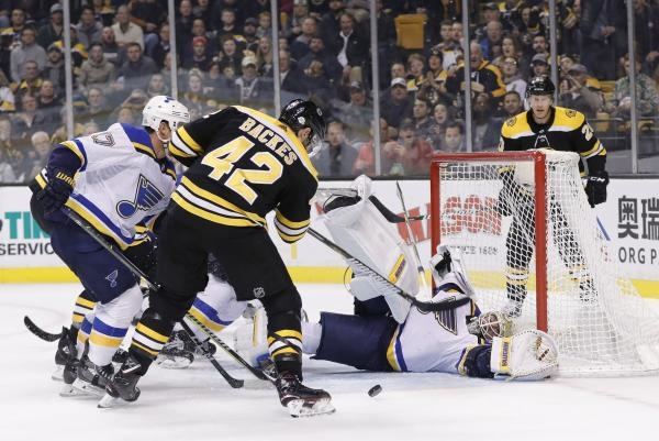 Sleduj online lední hokej Boston Bruins - St. Louis Blues na !