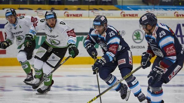 Sleduj online Lední hokej Hokej: HC Dynamo Pardubice - BK Mladá Boleslav na ČT4 Sport!
