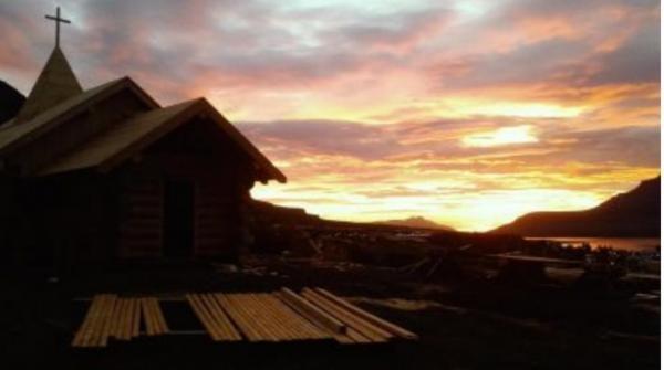 Sleduj online Náboženství Hriňovský kostelík na Islandu na !