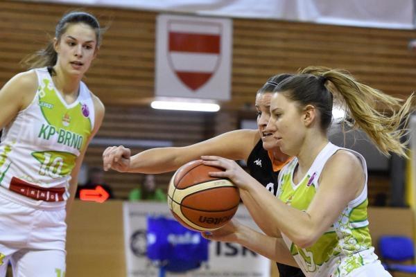 Sleduj online Basketbal Basketbal: KP Brno - Botas SK na ČT4 Sport!
