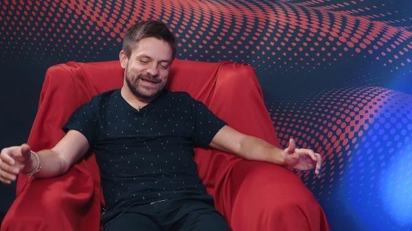 Sleduj online Talk Show Ušák Jaromíra Bosáka: Jiří Mádl na !