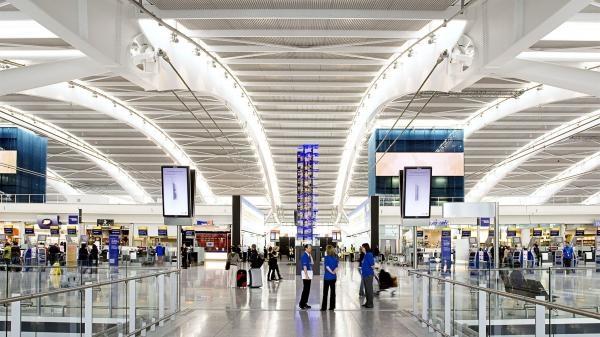 Sleduj online Doprava Letiště a pašeráci! na UP NETWORK!