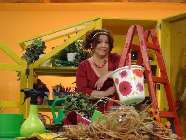 Sleduj online Zábavný Zázračný ateliér na STV1!