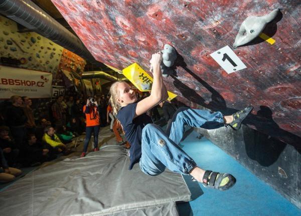 Sleduj online Sport Bouldering: Rock Point Český pohár na ČT4 Sport!