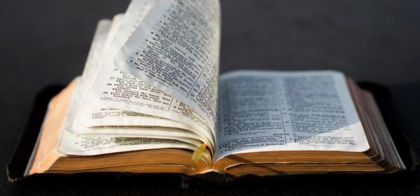 Sleduj online Náboženství Slovo Božie...podľa Jána na Lux!