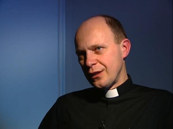 Oglądaj online Náboženství Kancléř Antonín w