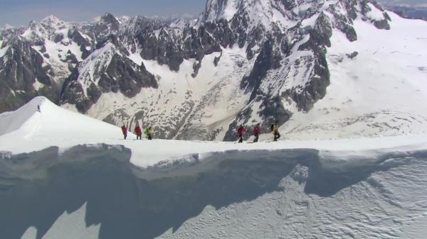 Sleduj online přírodní svět, expedice Objectif Mont-blanc, Sur Les Traces D'un Géant na !
