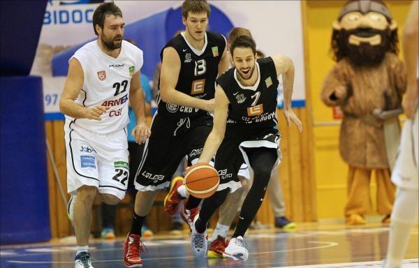 Sleduj online basketbal Basketbal: ČEZ Basketball Nymburk - BK ARMEX Děčín na !