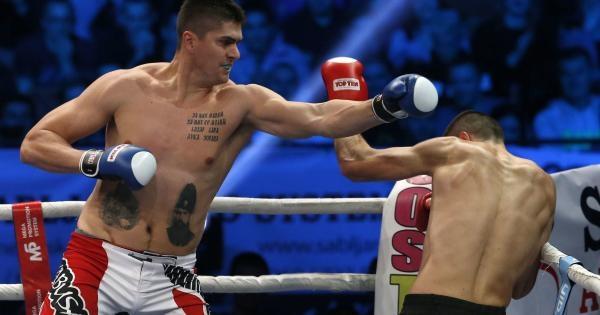 Sleduj online Kick Boxing Colosseum turnaj, 20.04.2018 na FightBox!