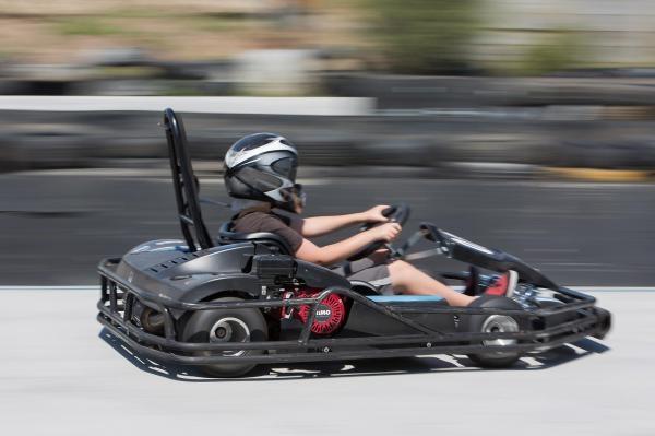 Sleduj online extrémní sporty Kart Grand Prix Le Mans na !
