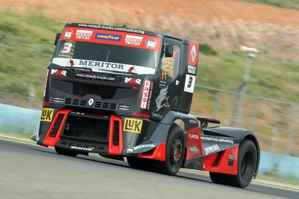 Sleduj online Magazín, Motorové sporty Truck Racing magazin 2019 na Nova Action!