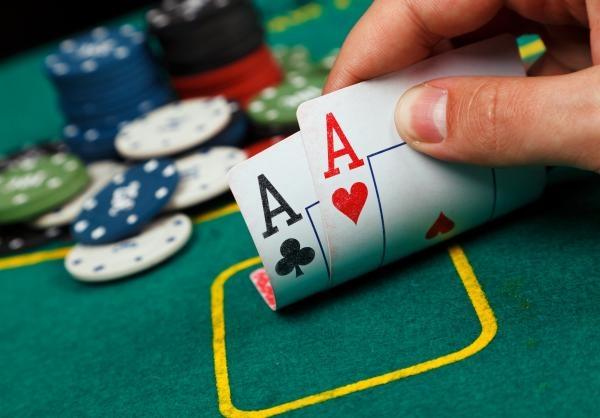 Sleduj online Poker Poker: WSOPE Colossus na !