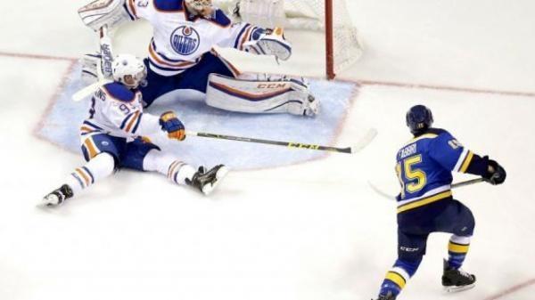 Sleduj online Lední hokej Edmonton Oilers - St. Louis Blues na Nova Sport 1, Nova Sport 2!
