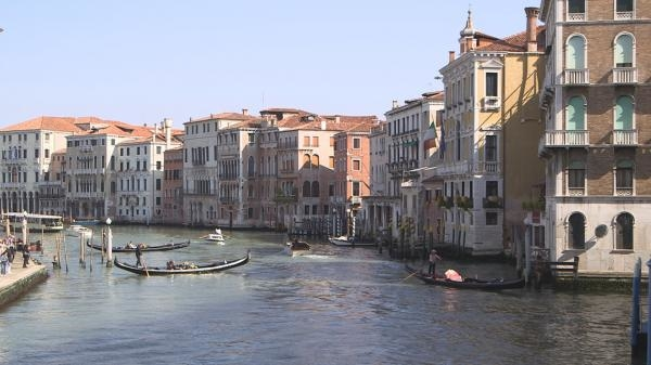 Sleduj online architektura, historický, technologie Záchrana Benátek na !