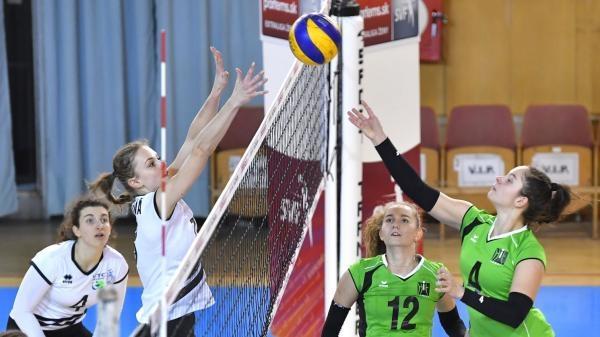 Sleduj online Volejbal Parfems.sk extraliga žien: Volley project UKF Nitra – VK Brusno na !