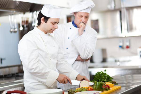 Sleduj online Vaření Poctivá výroba Globus na V1!