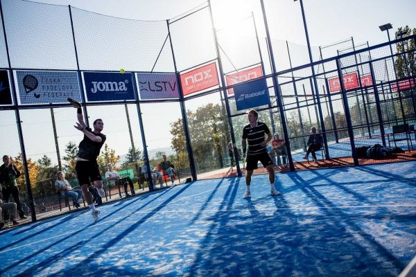 Sleduj online Sport Sport vregionech: M ČR v padelu, Ostrava na !