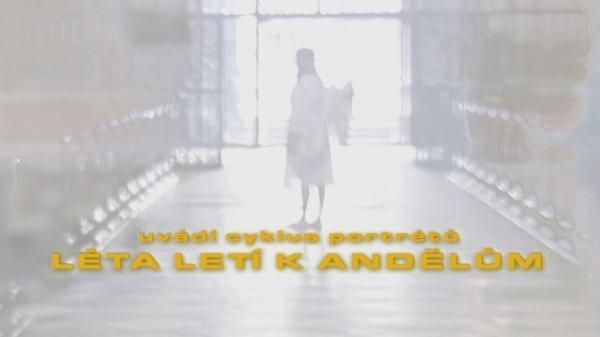 Sleduj online Slavní lidé, Náboženství Léta letí k andělům na !