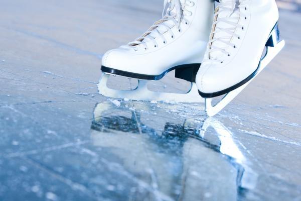 Sleduj online Bruslení na ledě Krasorčuľovanie - ISU GRAND PRIX 2019 na !