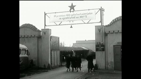 Sleduj online Historický Československý filmový týdeník 1969 na ČT2!