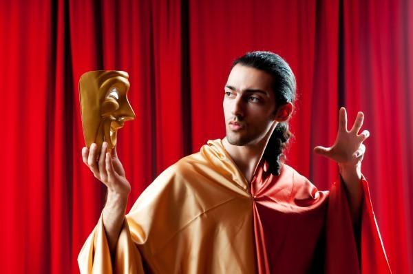 Sleduj online Divadlo Jawa nostalgická na !